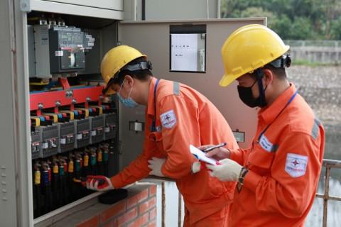 Tổng công ty Điện lực thành phố Hà Nội giảm giá điện, tiền điện cho hơn 2,4 triệu khách hàng