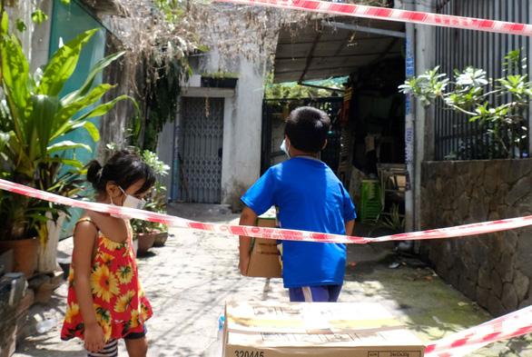 Nhiều trẻ em ở TP.HCM đã mất cha, mẹ trong trận đại dịch cần được chăm lo - Ảnh: VŨ THỦY/ Tuổi trẻ online