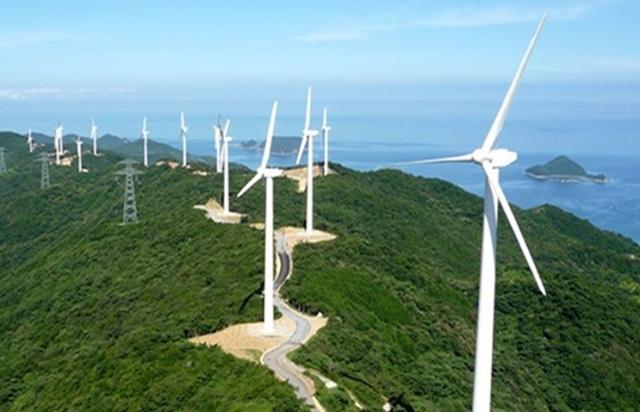 """Hà Tĩnh đang trở thành """"mảnh đất tiềm năng"""" thu hút các doanh nghiệp đầu tư dự án điện gió"""