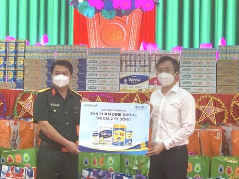 Nutifood mang Trung thu đến cho 6.500 trẻ em và bệnh nhân mắc Covid-19