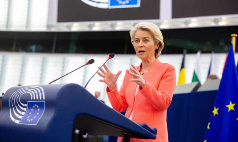 Chậm mà chắc, EU giành chiến thắng trong cuộc đua vắc xin