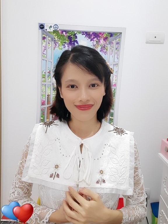 cô Lý Thu Hà, chủ nhiệm ngôi nhà Lucky House