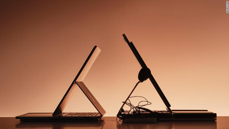 Surface Studio (trái) và The Frankeinstein (phải)