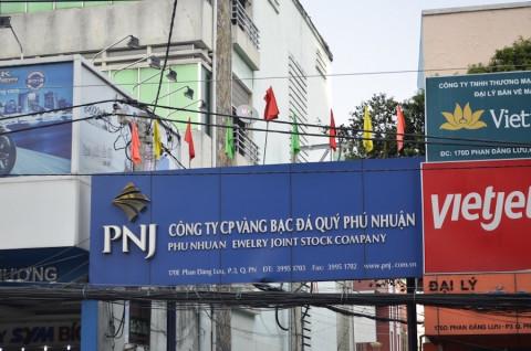 Phải tạm đóng hơn 270 cửa hàng, Đá quý Phú Nhuận báo lỗ 110 tỷ đồng