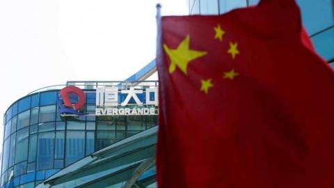 Tránh được mối đe dọa từ Evergrande, nhưng những rủi ro đối với nền kinh tế Trung Quốc vẫn chưa chấm dứt