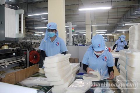 Khánh Hòa: Từng bước khôi phục các hoạt động sản xuất, kinh doanh