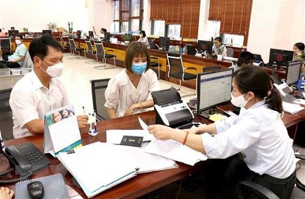Theo quyết định vừa được Thủ tướng Phạm Minh Chính ban hành, biên chế công chức năm 2022 gồm cả dự phòng là 256.685 người