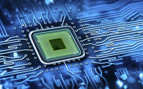 Ngành sản xuất điện tử thiếu hụt trầm trọng lao động tay nghề cao