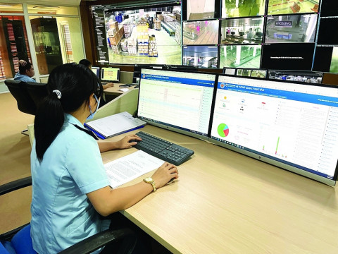 Lật tẩy nhiều hành vi gian lận nhờ giám sát hải quan trực tuyến