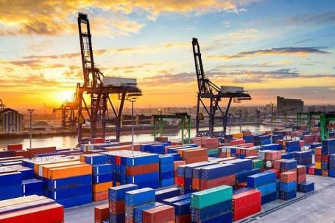 Đề xuất giảm 50% thuế GTGT cho doanh nghiệp du lịch, dịch vụ, vận tải