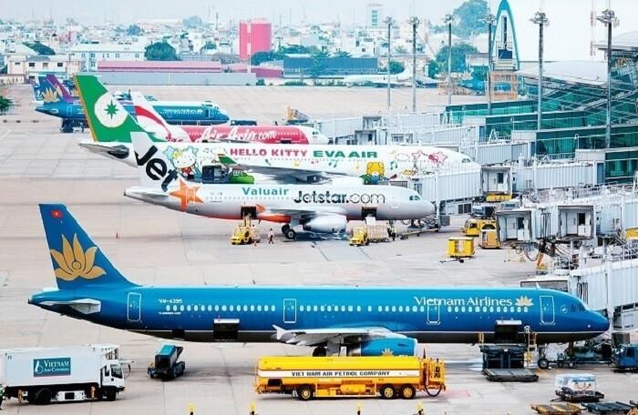 Hà Nội đề nghị Chính phủ và Bộ GTVT cân nhắc việc triển khai chuyến bay thương mại và vận tải hành khách đường sắt