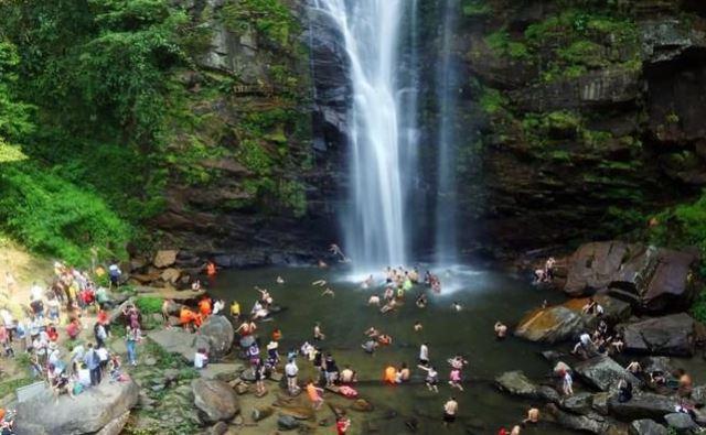 Nghệ An: Ký kết hợp tác phát triển du lịch sinh thái gắn với bảo vệ và phát triển rừng ở vùng đồng bào dân tộc thiểu số miền Tây Nam
