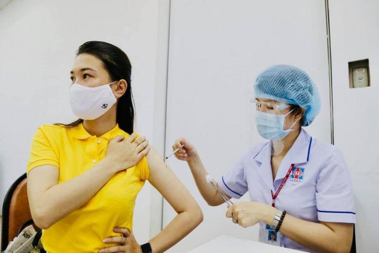 Bộ Y tế đề nghị các tỉnh, thành đẩy nhanh tiến độ tiêm vắc-xin Covid-19