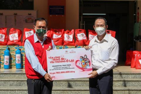 Prudential chung tay hành động cùng người dân Việt Nam vượt qua COVID-19