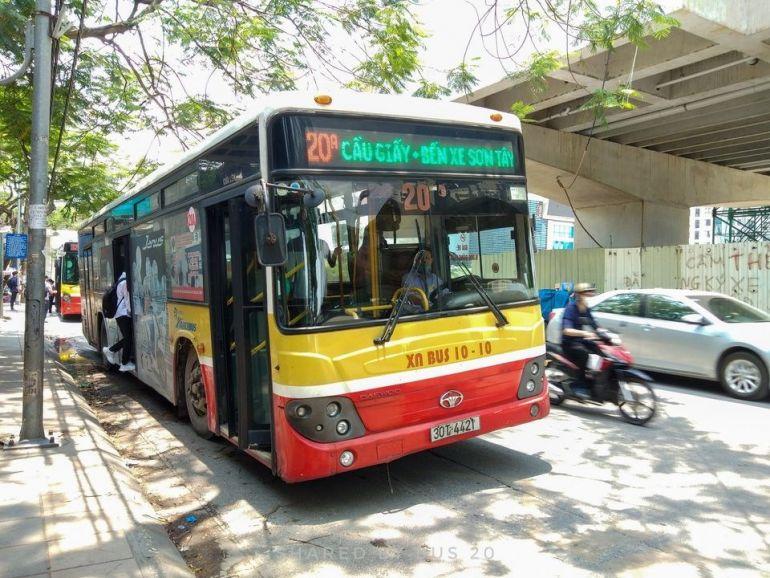 Hà Nội : Từ 6h ngày 14/10, nhà hàng được phục vụ tại chỗ, xe buýt, taxi hoạt động trở lại