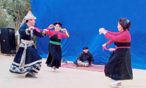 Nét đẹp văn hóa của dân tộc Cao Lan (Tuyên Quang)