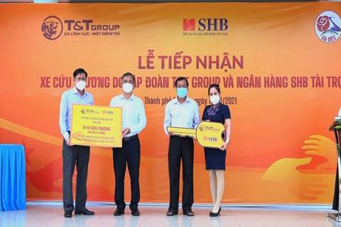 T&T Group và SHB trao tặng xe cứu thương hỗ trợ Đồng Tháp chống dịch