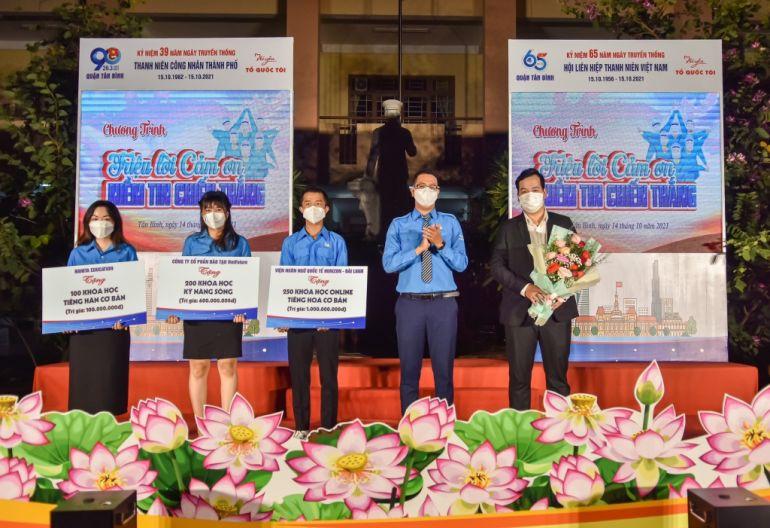 TPHCM: Hàng ngàn khóa học miễn phí tiếng Hàn, tiếng Trung cho thanh niên
