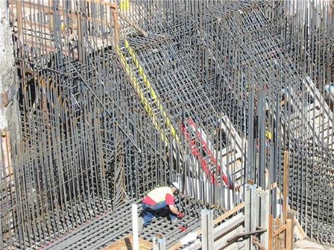 Giá thép xây dựng trong nước tăng mạnh