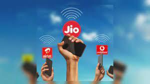 """Vì sao nhiều doanh nghiệp Ấn Độ điêu đứng khi """"gã khổng lồ"""" Reliance gia nhập ngành viễn thông?"""