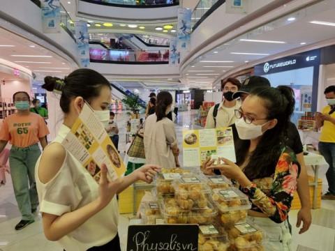 Uniqlo và Hội Doanh nghiệp Hàng Việt Nam Chất lượng cao hỗ trợ tiêu thụ nông sản Việt