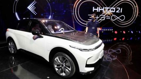Indonesia bắt tay với Foxconn xây dựng ngành công nghiệp xe điện
