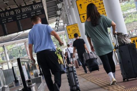 Đại dịch Covid-19 ảnh hưởng đến giới doanh nghiệp tại Hồng Kông như thế nào?