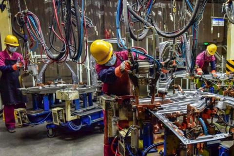 """Trung Quốc vạch ra chiến lược mới đối phó thách thức kinh tế từ khủng hoảng điện năng đến """"thảm họa"""" Evergrande"""