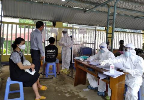 Huyện miền núi ở Quảng Nam vừa ghi nhận 112 trường hợp test nhanh dương tính với CoVid 19
