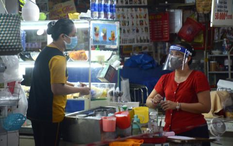 Từ ngày 28/10, TP. HCM cho phép quán ăn uống được phục vụ tại chỗ